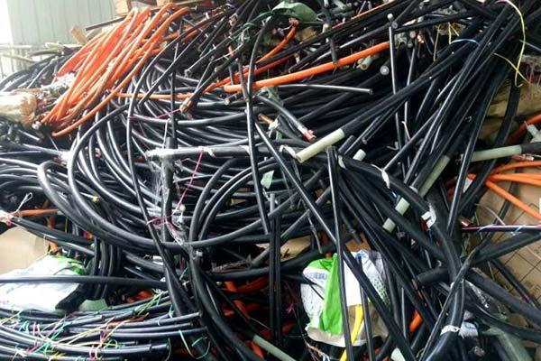 """铜米机能不能""""担起""""处理各种废旧电线的重任"""